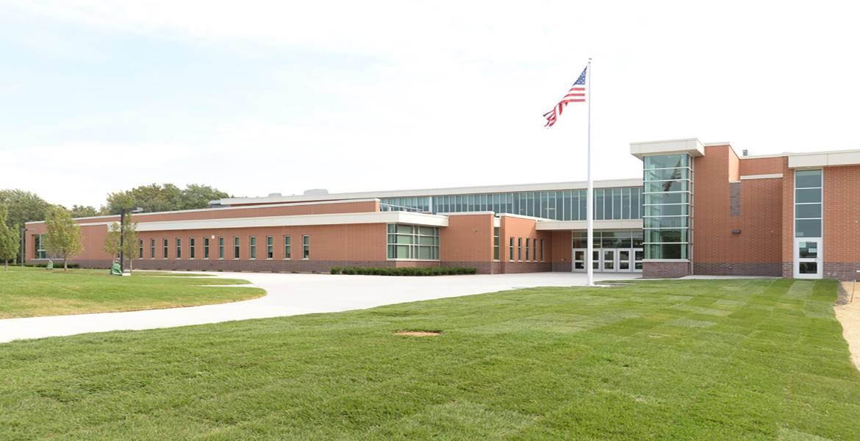 Hoover Schrum Memorial Middle School Building